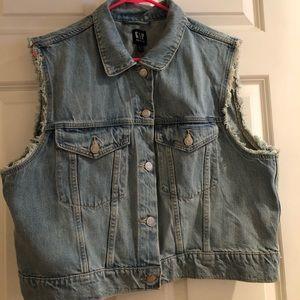 NWOT!! GAP Denim Vest Size XL